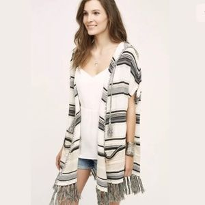 Anthropologie   Moth Calexico Hooded Poncho NWT